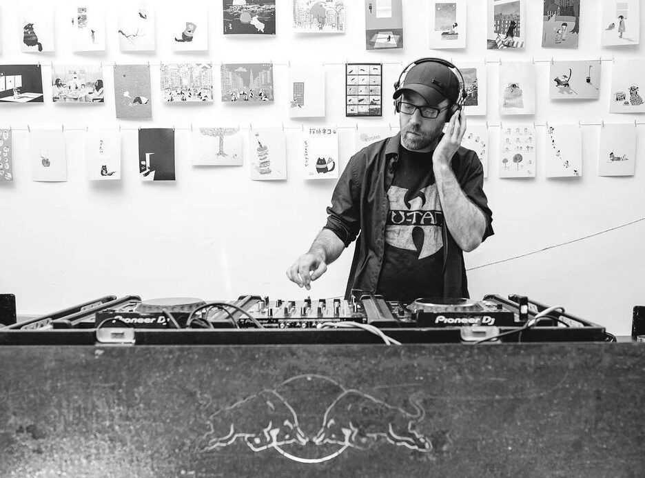 Homelessness DJ Project Turn The Tables